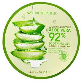 Nature Republic Moisture Aloe Vera 92% Soothing Gel