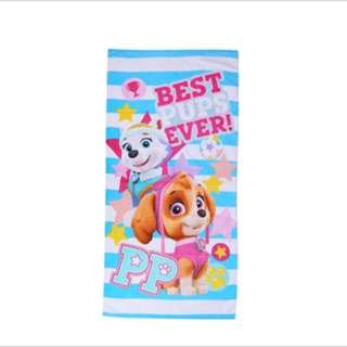 Instock 1 pc only !! Brand new paw Patrol Skye bath towels ht 152cm wt 76cm
