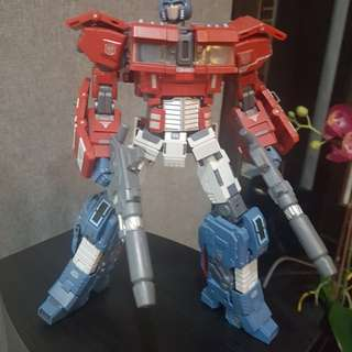 Gcreations IDW MP Optimus Prime
