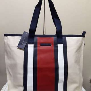 Tommy Hilfiger XL Canvass Tote Bag