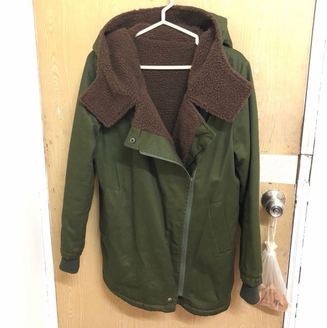 全新軍綠色外套