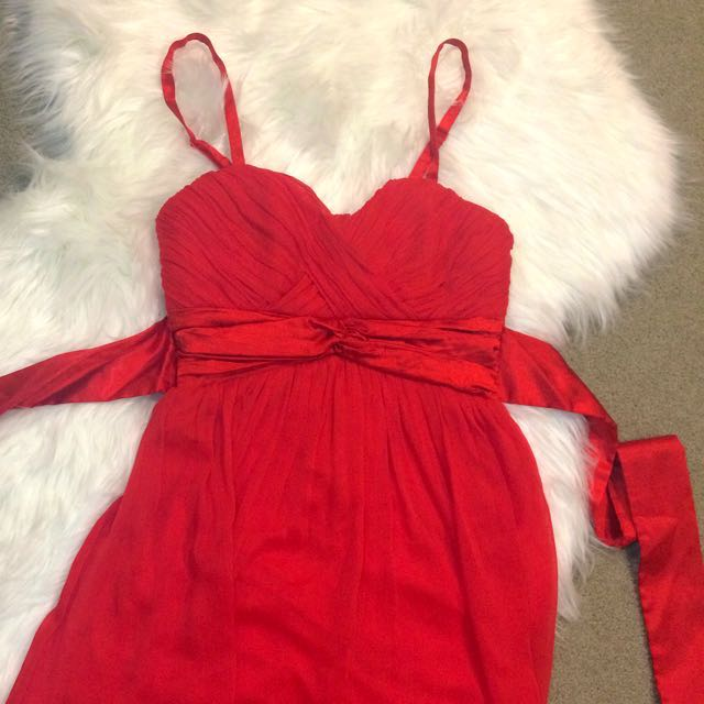 🍓🍎 Red Dress With Ribbon Tie Size Small
