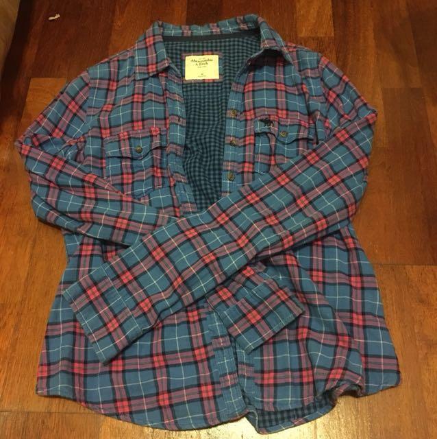 A&F 藍粉紅格紋襯衫