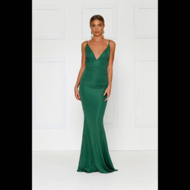 Alamour Penelope gown size 10 never worn