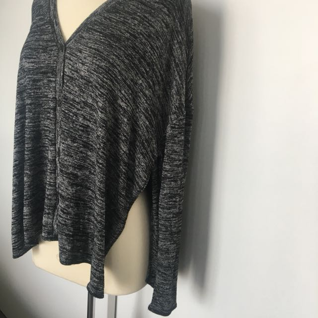 Aritzia Wilfred Free Sweater