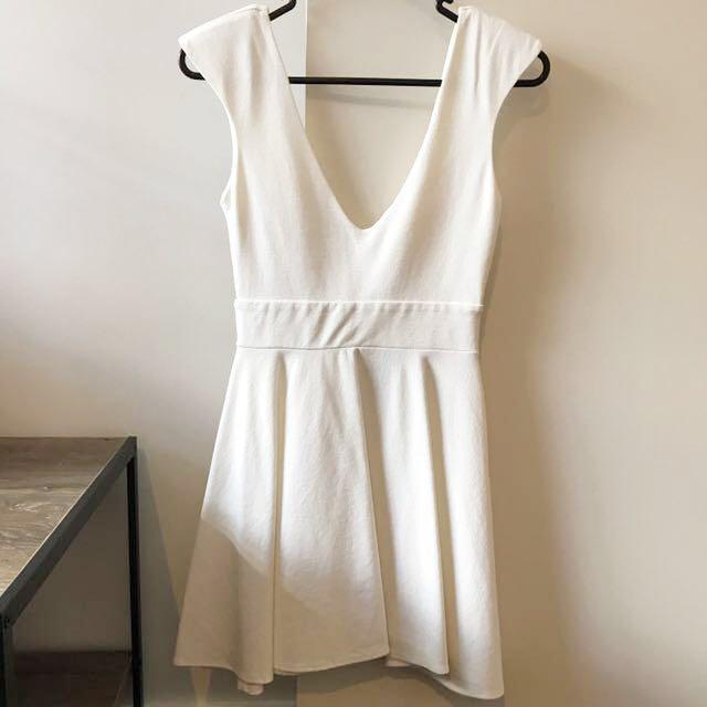 Blurr Skater Dress (White)