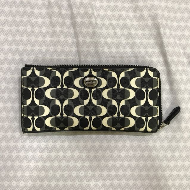 Coach Peyton Dream Signature Wallet