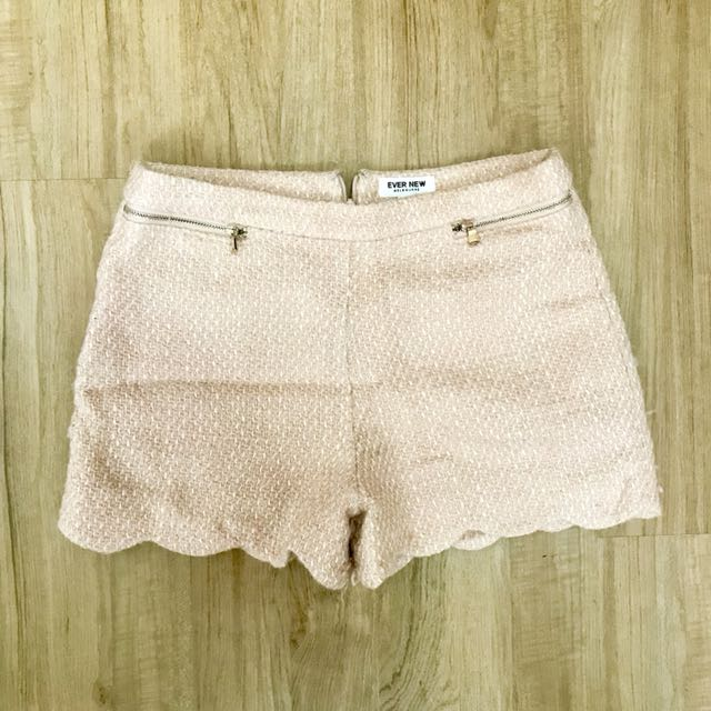 EverNew Shorts in Beige