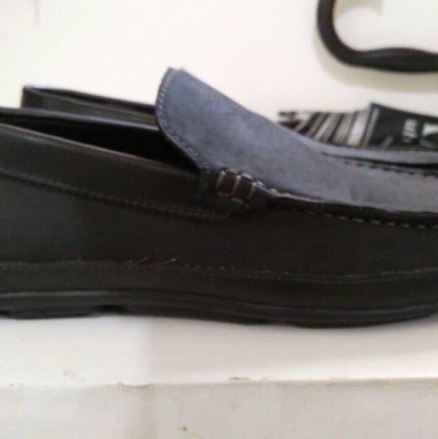 Kenneth Cole Reaction Loafer Size 9 for Php 1,500
