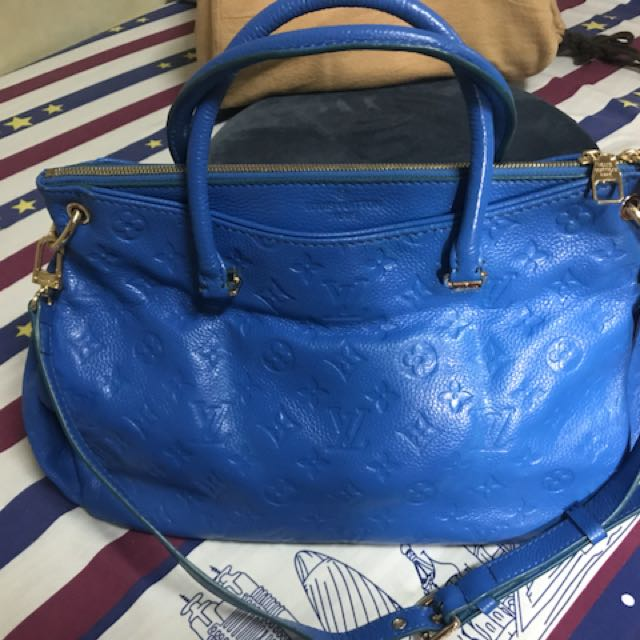 Lv pallas sling and handed bag