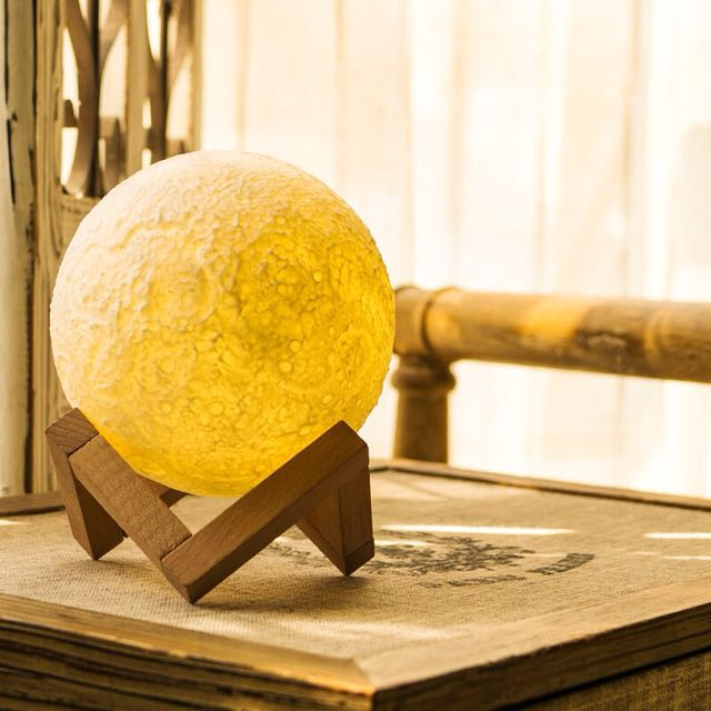 Moon Lamp - 13cm (with postage)