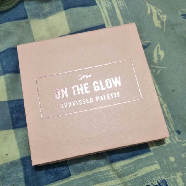 On the glow sunkissed palette