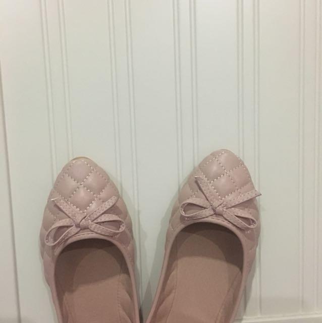 pink nude flatshoes