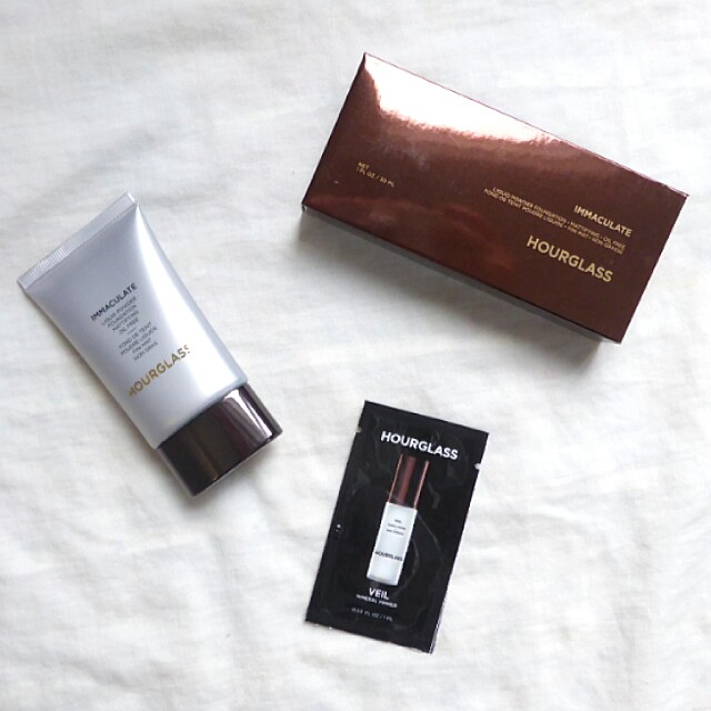 [PL] Hourglass Immaculate Liquid Powder Foundation with FREE Veil Mineral Primer Sample