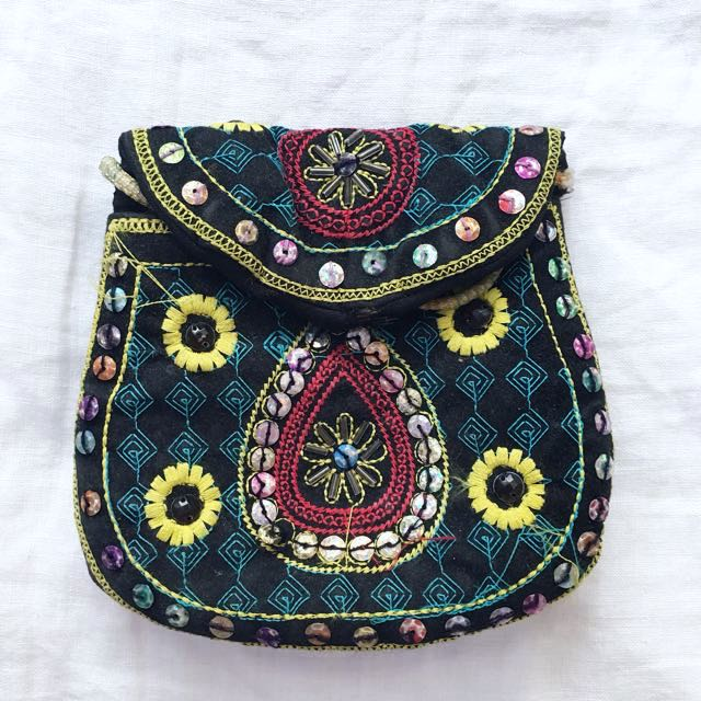 Pre-loved Beaded Bag With Strap