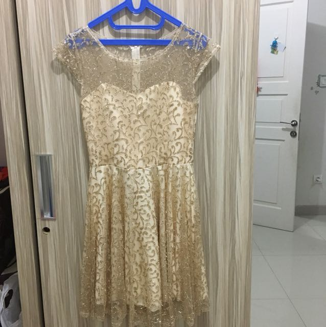 Preloved dress glitteer