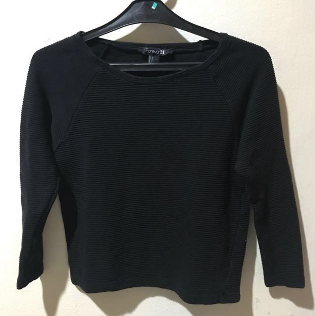 REPRICE Forever 21 black crop sweater