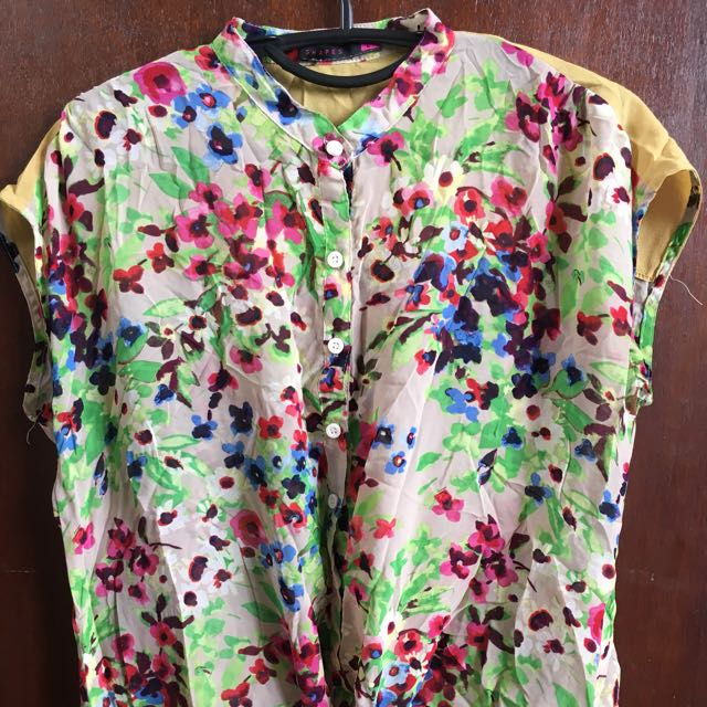 Shapes Sheer Tie Knot Top