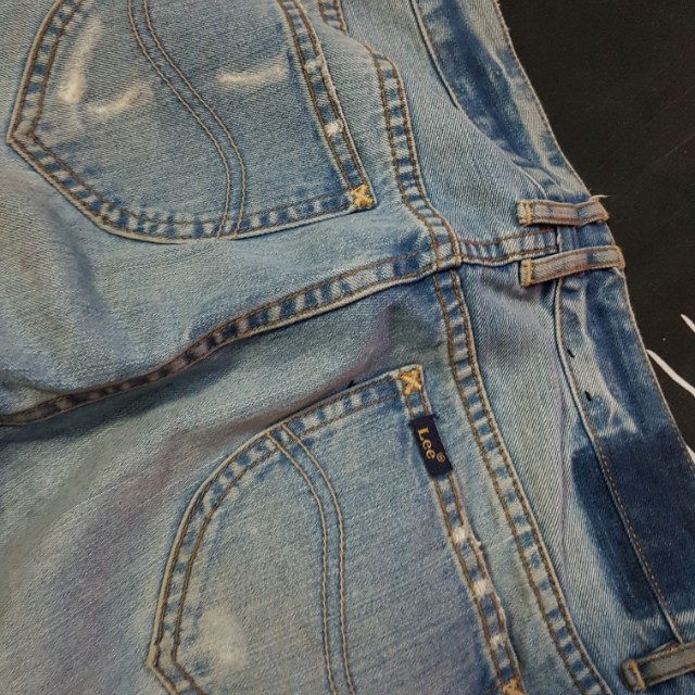 Size 8 Lee ripped jeans