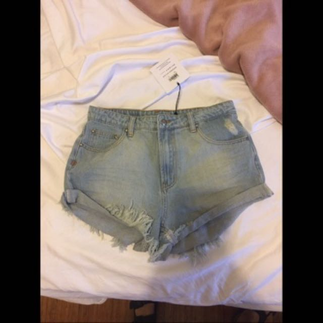 Somedays Lovin Size 24 Denim Shorts