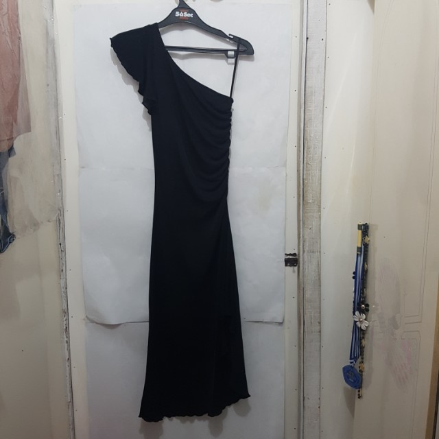 [SUBSIDI ONGKIR IDR 10.000] Simple Black Dress