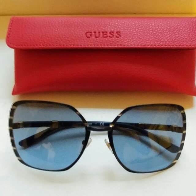 Tory Burch Eyewear & Leather Guess Case