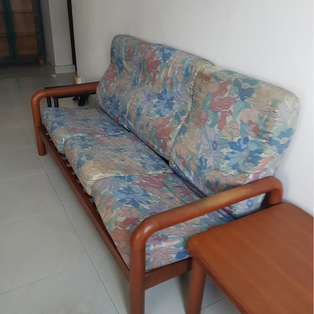 Very Low Price Sofa Set For
