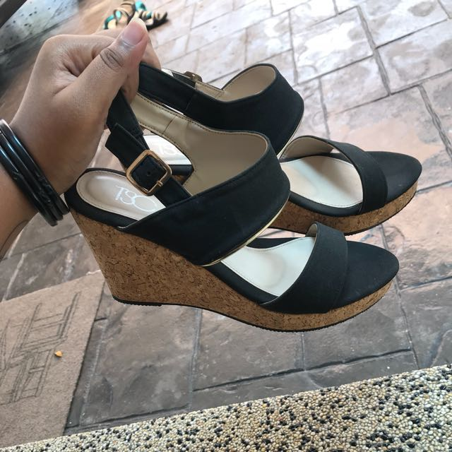 668aa49df Wedges, Women's Fashion, Shoes on Carousell