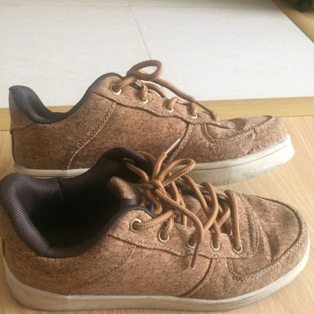 Wood Chuck Cork Shoes