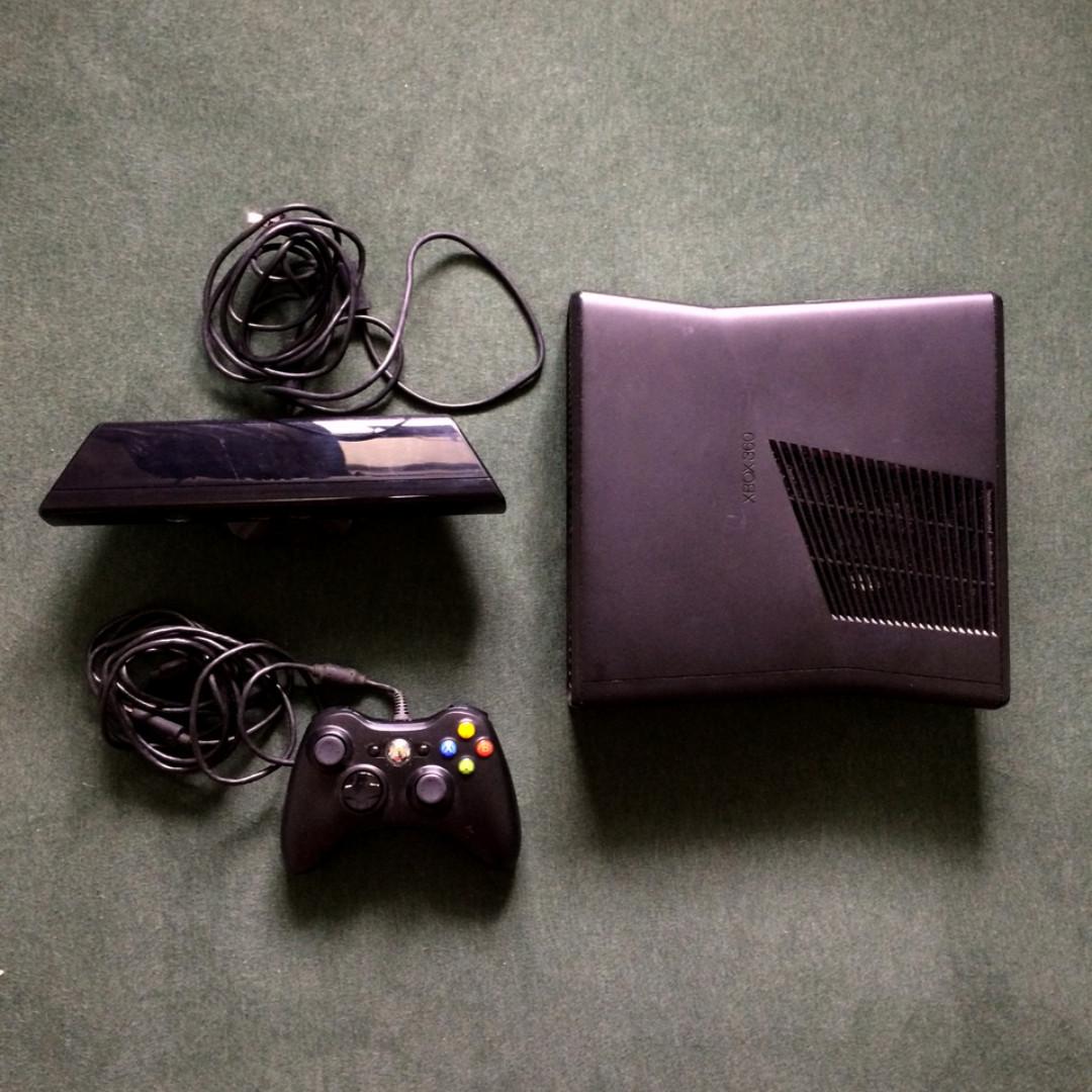 Xbox360 250g + Kinect + 數款遊戲