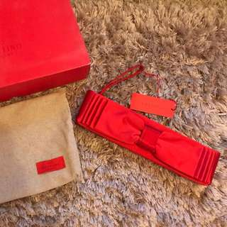 ❤️ Valentino Satin Red Ribbon Clutch ❤️