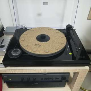 Music Hall MMF 7.1 Turntable