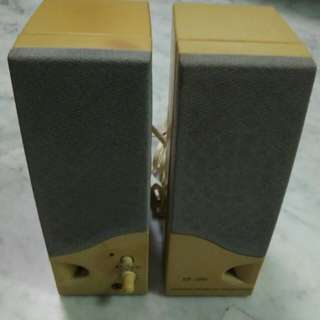 Pre-Owned two pins Computer Speakers