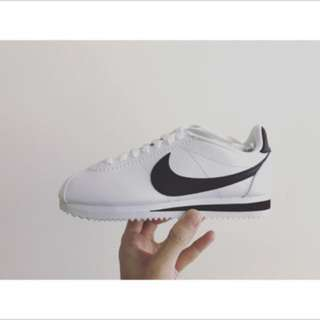 🚚 Nike Wmns classic Cortez leather阿甘鞋23