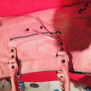 Balenciaga Pink Large Size 85% New Serius Buyer  Only