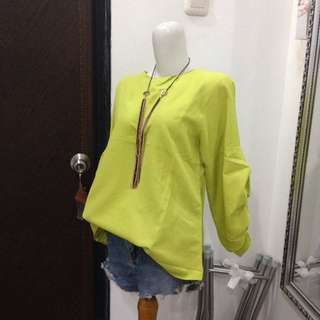 new. blouse neon