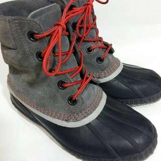 二手只穿五天兒童正品SOREL雪靴北海道玩雪防水適合零下32度