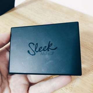 Sleek Contour Palette (Shade: Light 884)