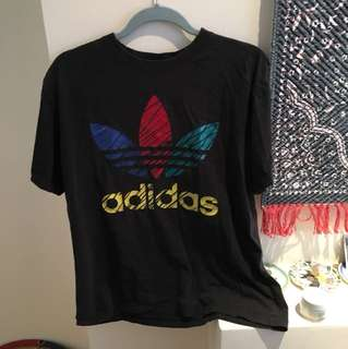 Vintage adidas tshirt