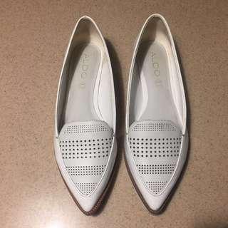 ALDO white flat shoes