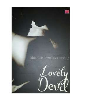 Ebook Lovely Devil - Emerald