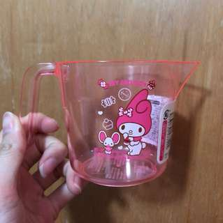 My melody measuring cup for baking