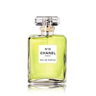 CHANEL N°19 香水