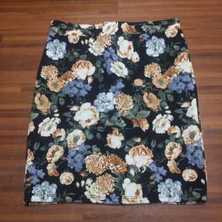 Forever 21 green Floral Pencil skirt