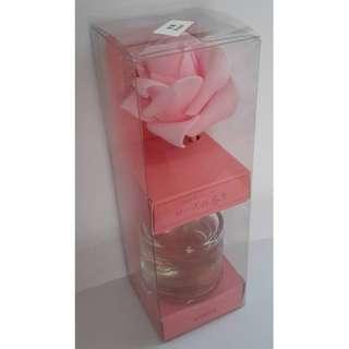 香薰 空氣清香 清新 Rose 薔薇 玫瑰味道 粉紅色 桃紅色