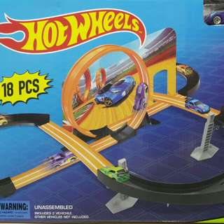 Hot Wheels Multi Loop