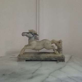 70s Marble Carving 🐴 height 17cm length 26cm perfect