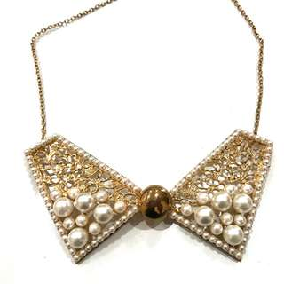 BRAND NEW Pearl & Gold Collar Necklace (FROM JAPAN)