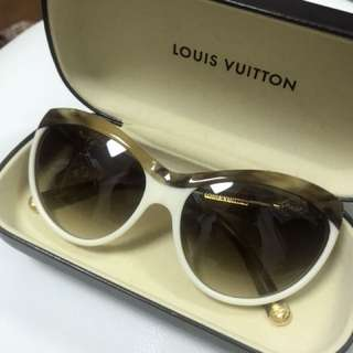Price reduction!!! All new Louis Vuitton sunglasses