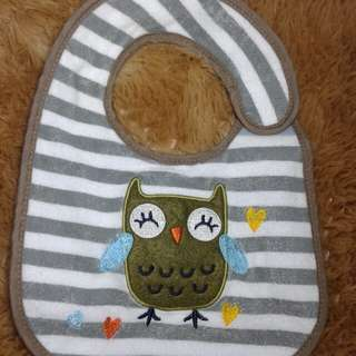 Baby bib ( purchase 3 item rm10 less rm5 )